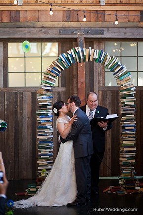 Bibliophiles in Love