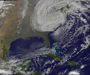 Sandy Moves Inland