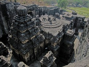 The Kailashnath Temple in India, Carved From One Stone