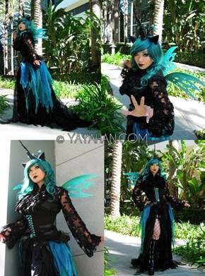 Awesome Queen Chrysalis Cosplay