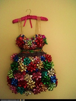 Be the Bow of The Christmas Ball