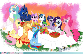 Happy Turkey Day, everybrony!