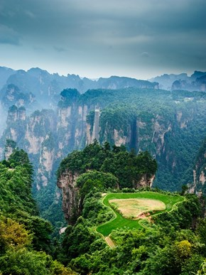 Unreal Landscapes on Earth