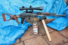 Man Builds a Homemade AK-47 Out of an Old Shovel