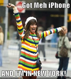 Got Meh iPhone  AND I'M IN NEW YORK!