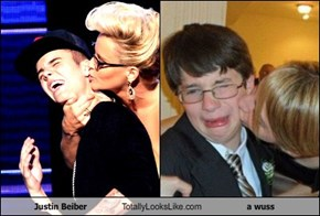 Justin Beiber Totally Looks Like a wuss