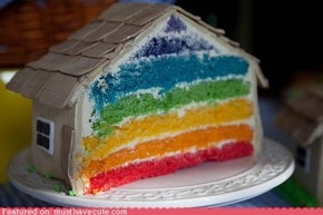 Epicute: Secret Rainbow House Cake
