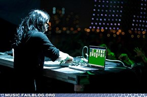 What Skrillex Does Onstage