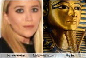 Mary-Kate Olsen Totally Looks Like King Tut