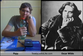 Papy Totally Looks Like Oscar Wilde