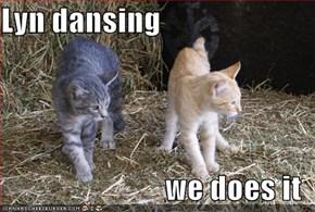 Lyn dansing  we does it