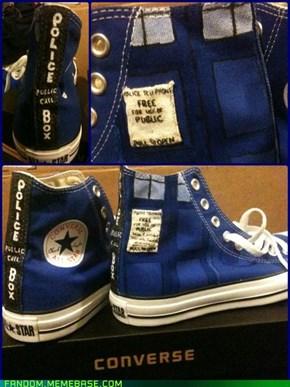 Tardis Converse!