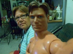 Have You Seen Mom's New Boyfriend on Her Facebook Pic?