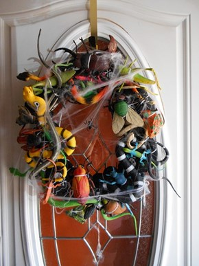 Pestilence Wreath