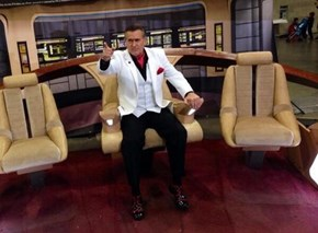 Bruce Campbell In The Captain's Chair