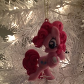 have a FUN Christmas everypony!