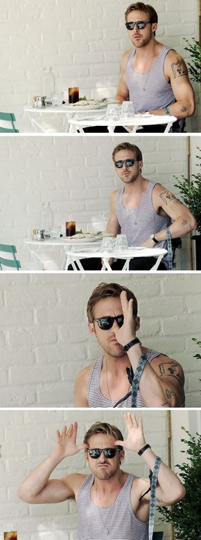 Even Teasing The Paparazzi, Gosling Is Sexy