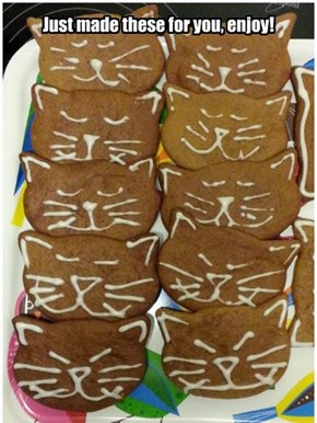 Gingerbread cats for eberyone!