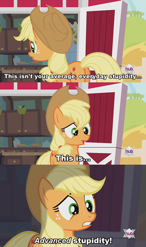 Applejack in Bat World