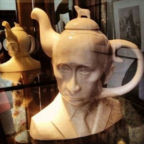 Putin on The Kettle
