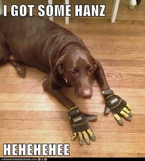 I GOT SOME HANZ  HEHEHEHEE