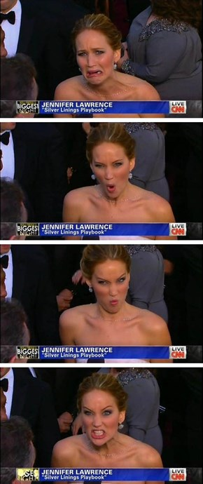 Jennifer Lawrence is in Perfect Form Tonight!