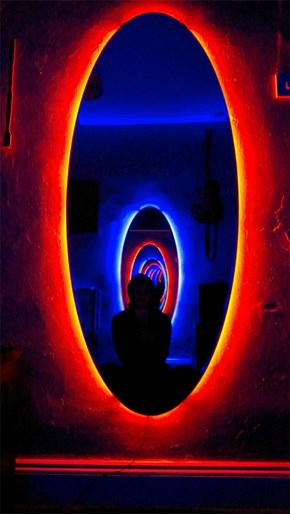These DIY Portal Mirrors Will Melt Your Brain