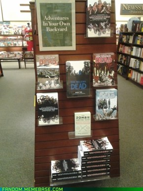 was walking through le local Barnes and Nobles when suddenly...