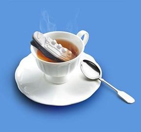 I'll Never Let Go, Tea!