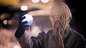This cosplay is a bit Ood.