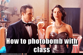 How to photobomb with class