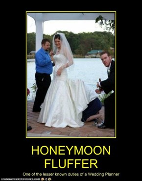 HONEYMOON FLUFFER
