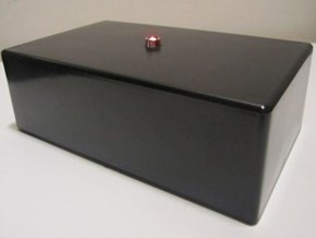 "Now You Can Own the ""IT Crowd"" Internet Box!"