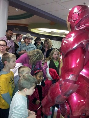 Coolest Cosplayer in the World Dresses as Iron Man, Visits a Children's Hospital