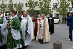 PhotoBomb  Level - Darth Vader