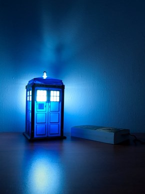 Light Up the Night With Your Very Own Tardis