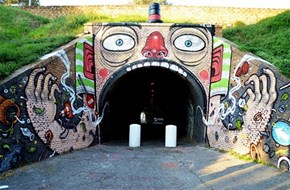 The Insane Street Art of Mr. Thoms