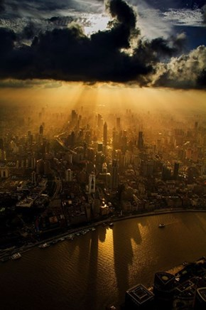 Chinese Photographer Wei Gensheng Captures a View From the Second Tallest Building in the World