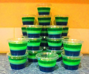 Get Ready for the Superbowl With Seahawks Jello Shots!
