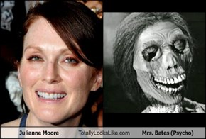 Julianne Moore Totally Looks Like Mrs. Bates (Psycho)