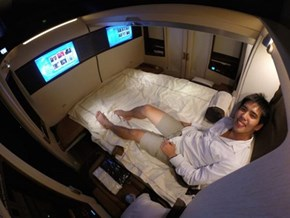 This is the Double Bed You Sleep on if You Fly for $18,000 With Singapore Airlines