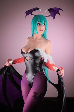 Morrigan Cosplay Makes Us Miss Darkstalkers