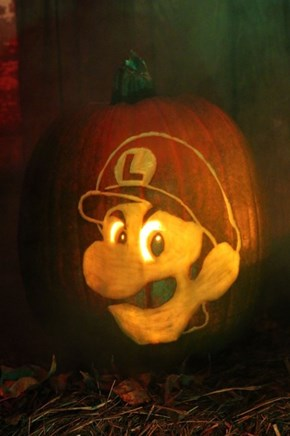 Luigi's Death Stare is the Ultimate 2014 Pumpkin