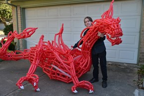 Check Out This Guy's Incredible Balloon Art