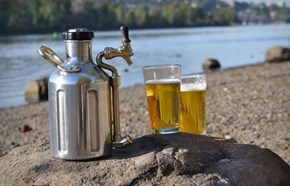 The Portable Pressurized Growler