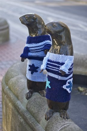 The Most Portland Thing to Ever Portland: Local Statues Get Yarn-Bomb Sweaters as Winter Approaches