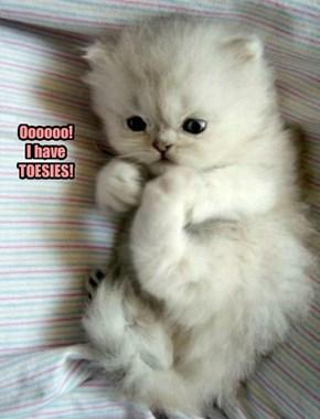 Oooooo! I have TOESIES!