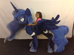 Life Size Luna Plush Is The Thing of Dreams