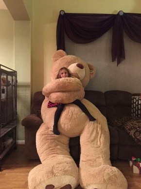 Giant Teddy Bear Hugs For Everyone!
