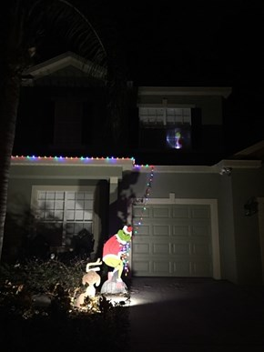 The Best Christmas Decorations for the Lazy